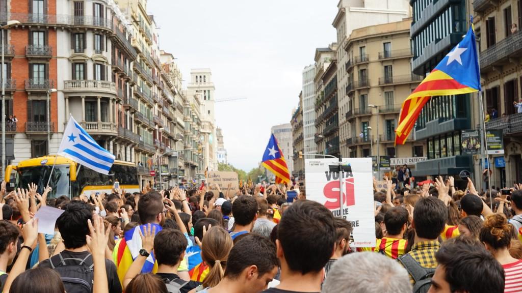 2 octubre Plaça universitat barcelona referendum  manfiestacion