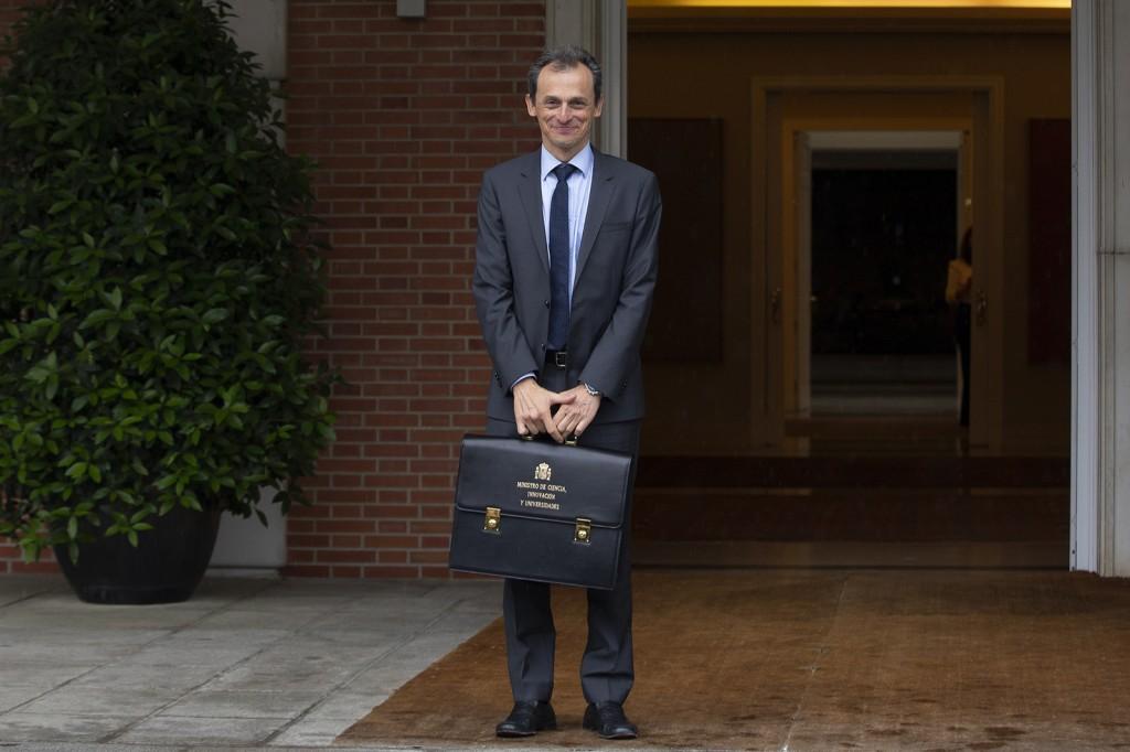 Pedro duque ministro ciencia innovacion y universidades