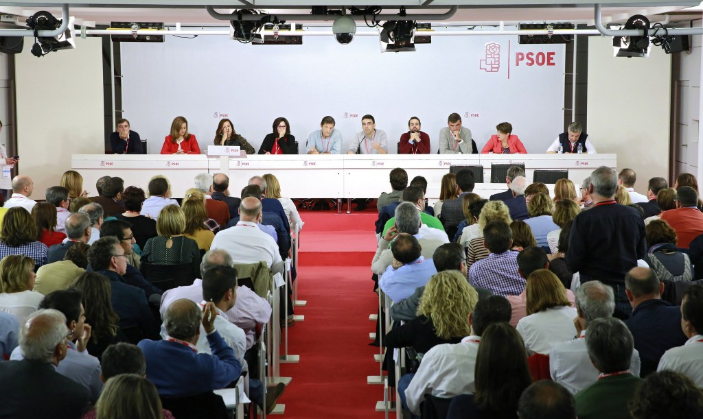 Comite Federal psoe votación abstencion