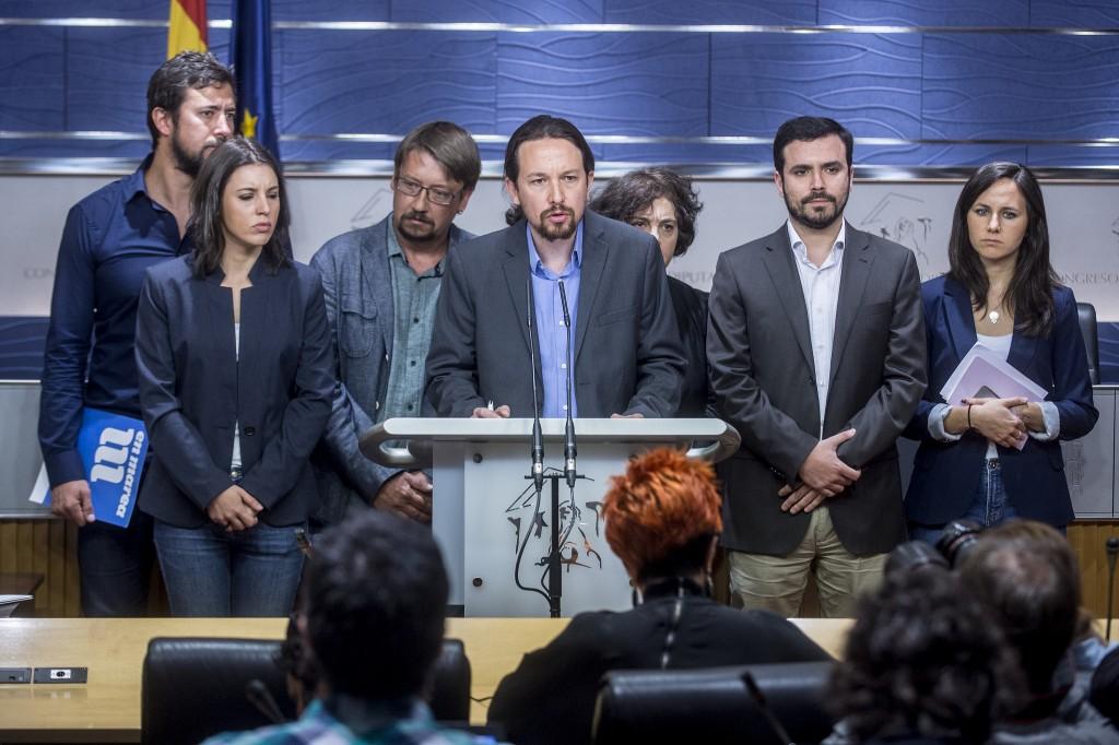 Podemos presenta una moción de censura 27-4-2017