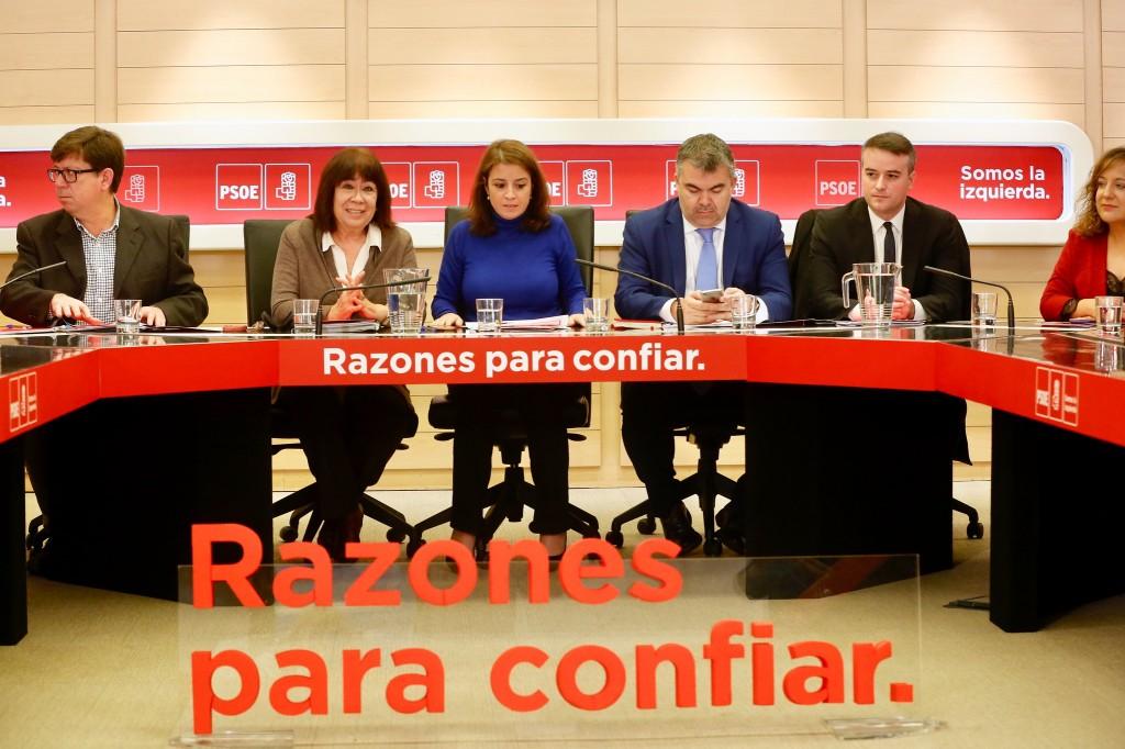 PSOE razones para confiar somos la izquierdaReunión Comité Electoral