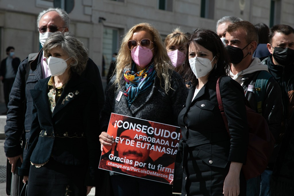 Aprobada la ley eutanasia en España