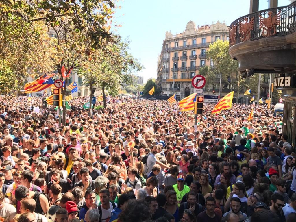 Cataluña protesta tras detenciones