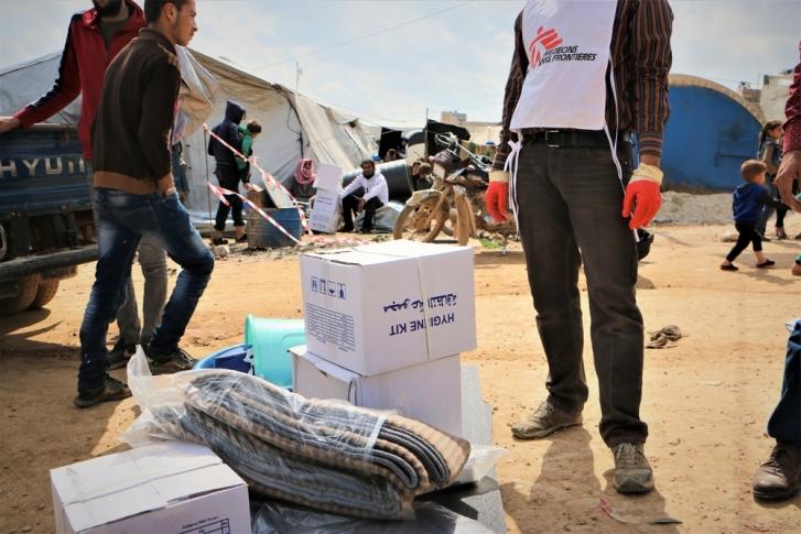 MSF reparte carpas y articulos primera necesidad en Siria