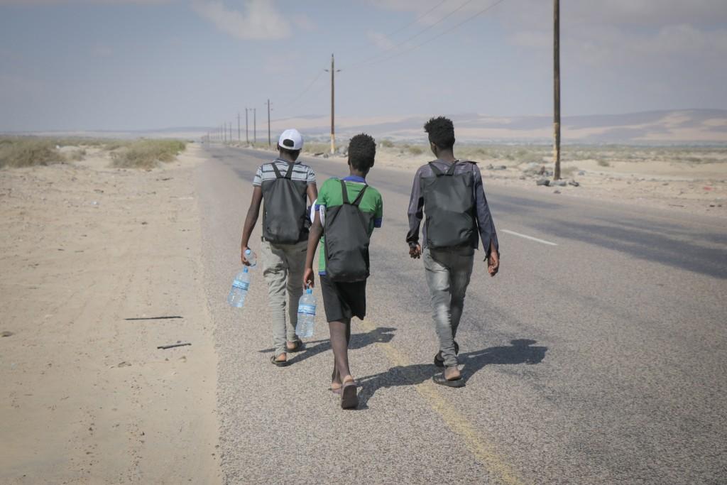 Migrantes jovenes en ruta migratoria a Yemen OIM