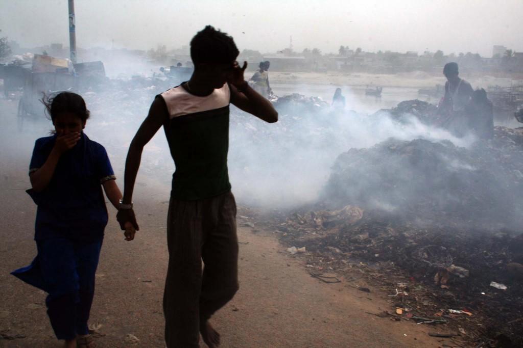 niños contaminacion plomo Bangladesh 2007 UNICEF