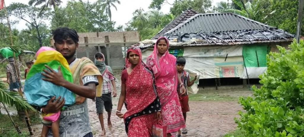 UNICEF Damnificados por el ciclón Amphan en la India.