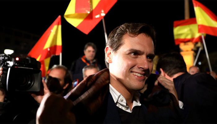 albert-rivera-banderas