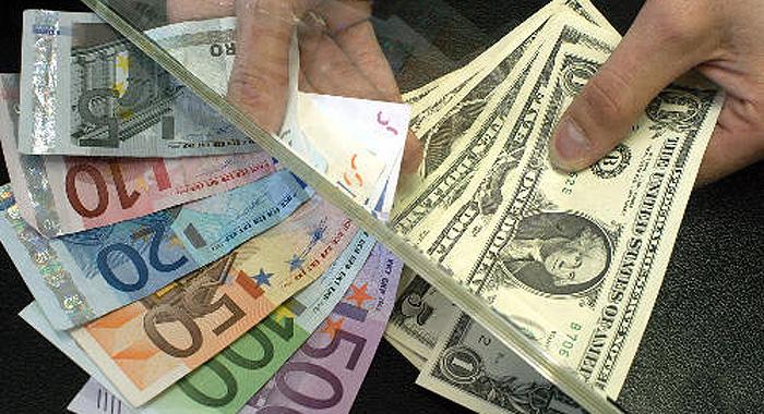 billetes,euro.dolar