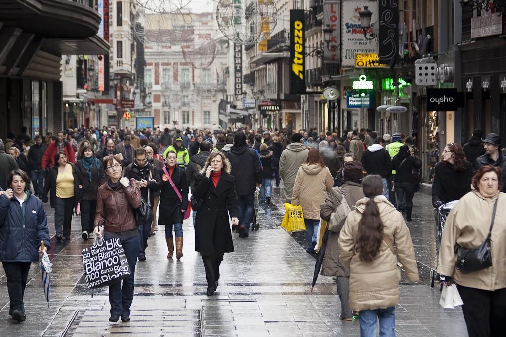 calle-gente-madrid