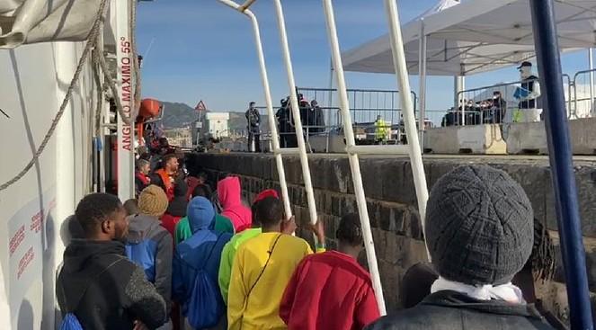 Maydayterraneo desembarco 158 rescatados en el Aita Mari 13-2-2020