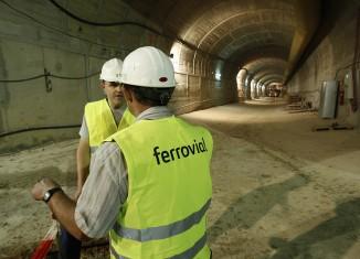 ferrovial,linea,metro,subterranea,obreros,construccion