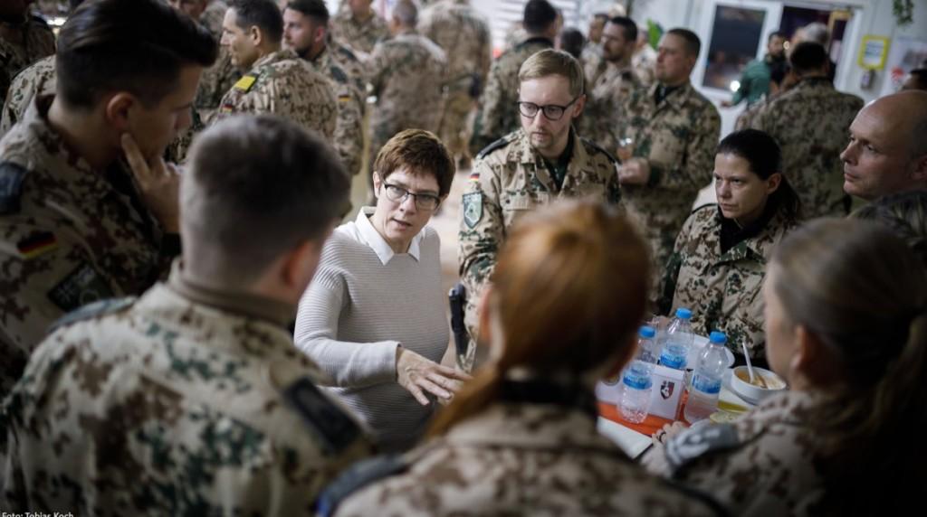 -ministra defensa alemania Annegret Kramp-Karrenbauer