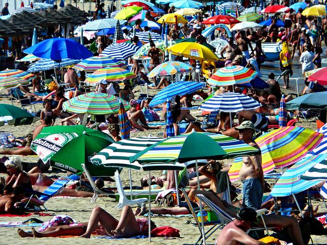 playa-turistas