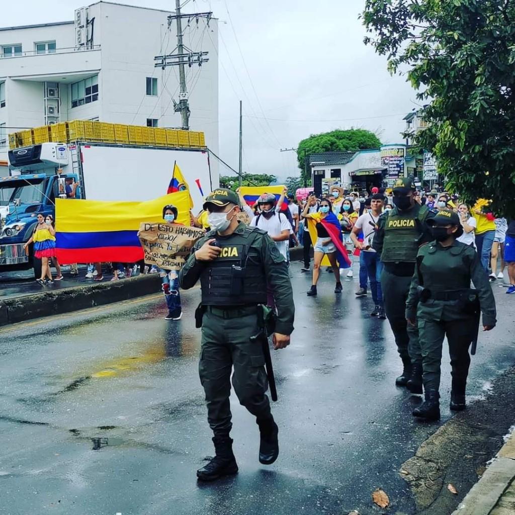 protestas y policia colombia