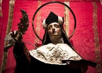 santa teresa,estatua