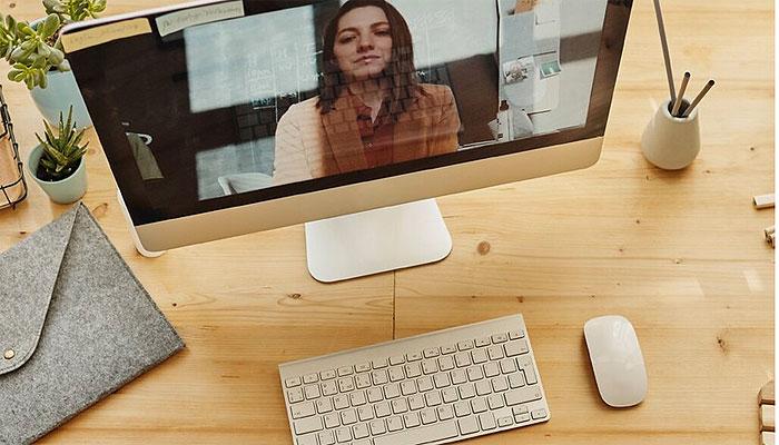 teletrabajo-videoconferencia-portatil